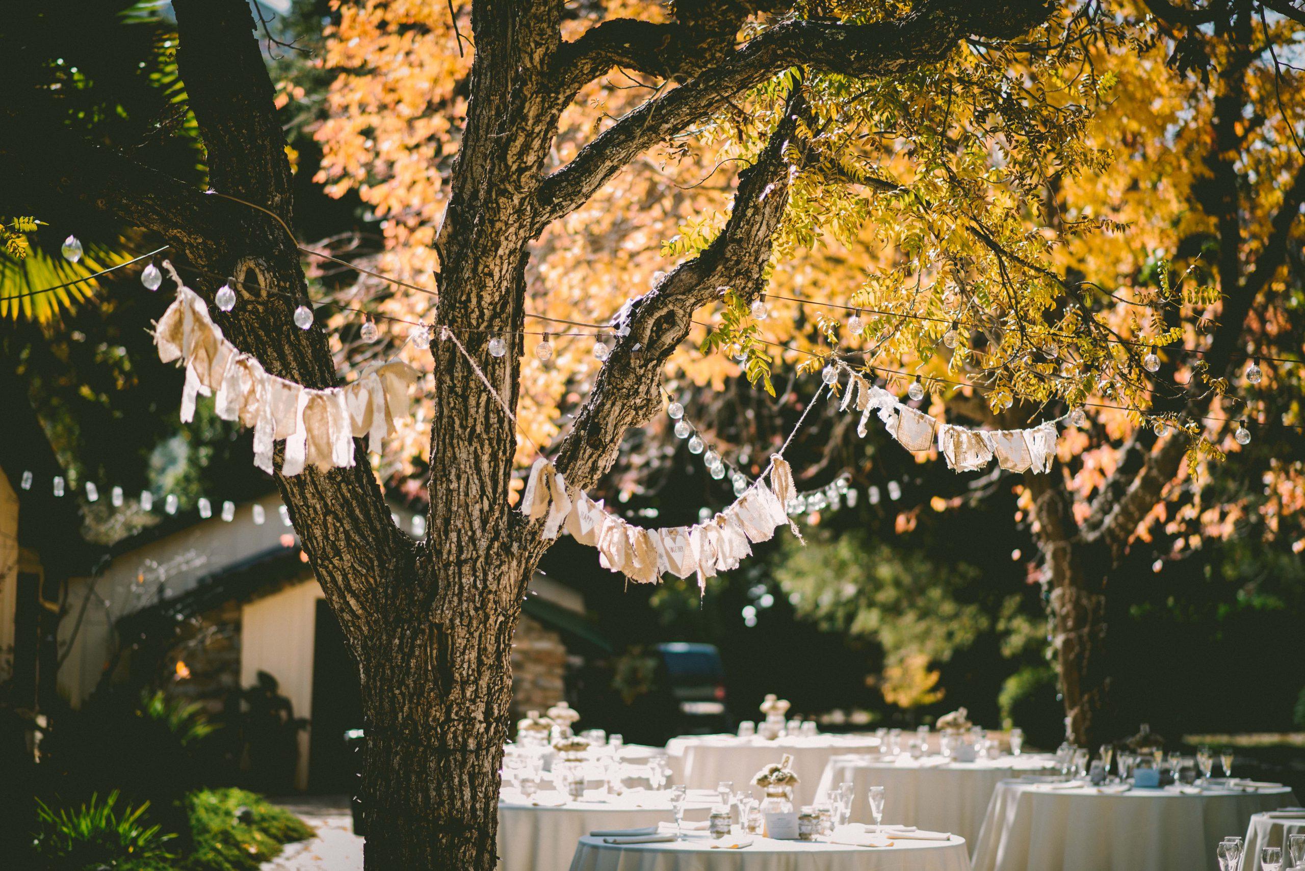 Une décoration de mariage en extérieur