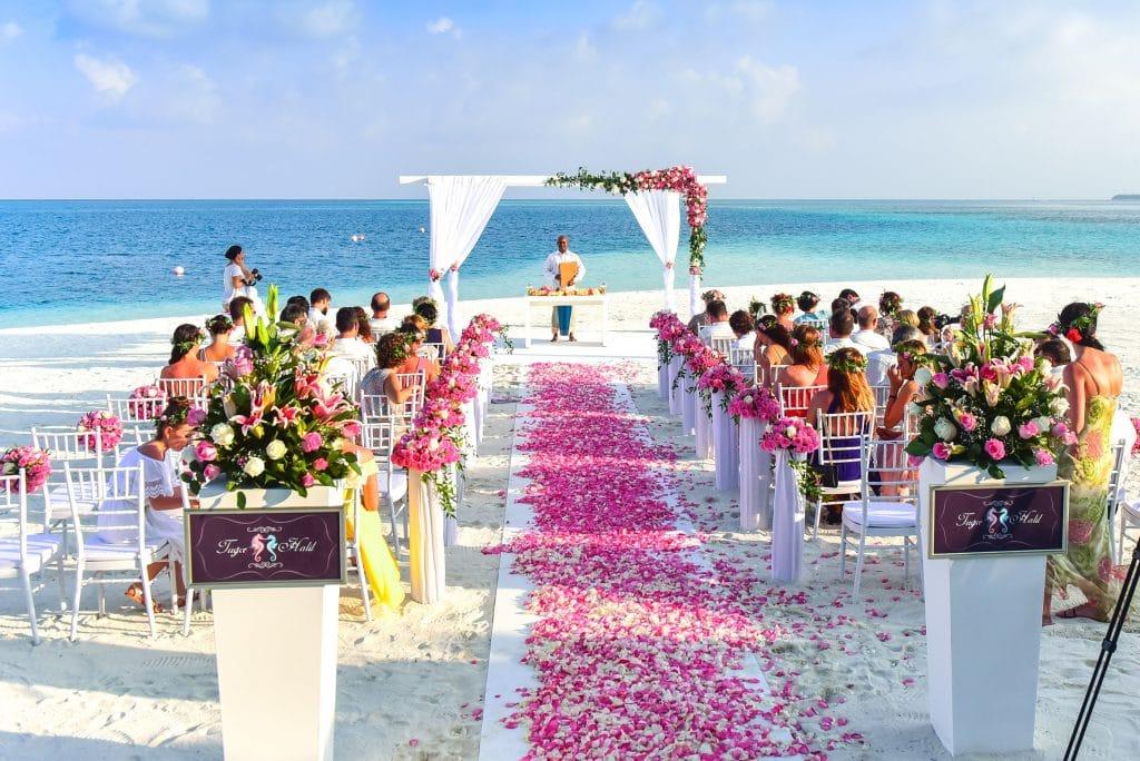Cérémonie de mariage sur une plage