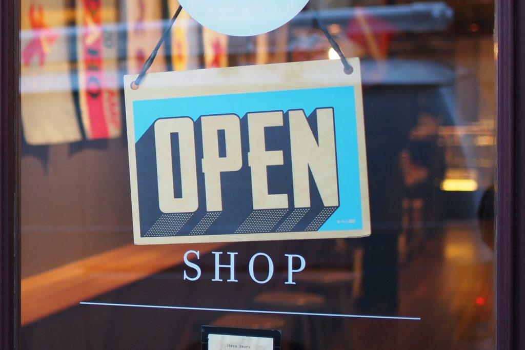 Pancarte magasin ouvert